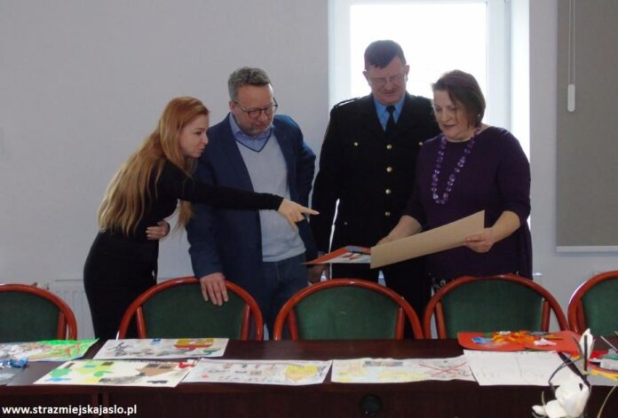 Komisja konkursowa Spalanie śmieci - Jasło