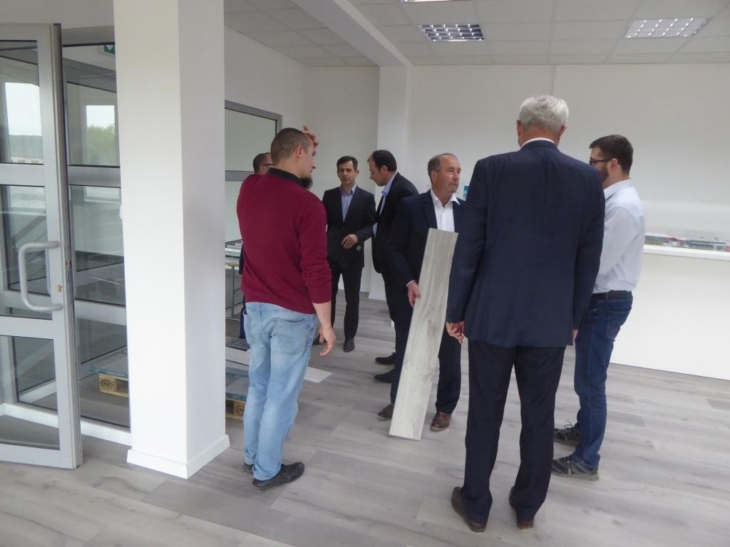 Wizyta Radnych w Kronoflooring LVT Sp. z o.o.