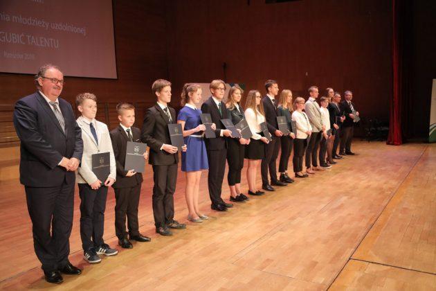 Młodzi historycy nagrodzeni
