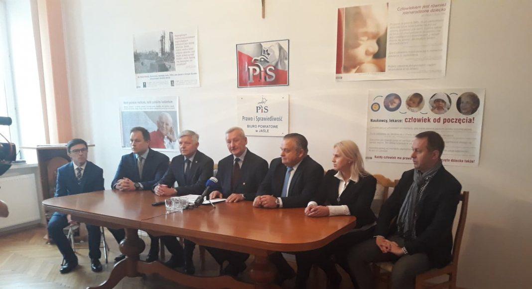 Andrzej Czerneckie z poparcie PiS