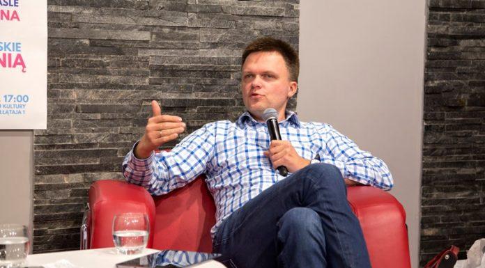 Szymon Hołownia w MBP w Jaśle