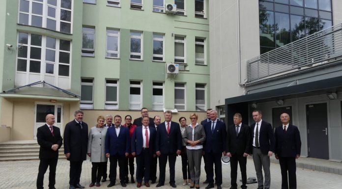 Wizyta w Jaśle Sekretarz Stanu Józefy Szczurek – Żelazko