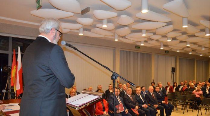 Nowa kadencja - zaprzysiężenie radnych i burmistrza Jasła