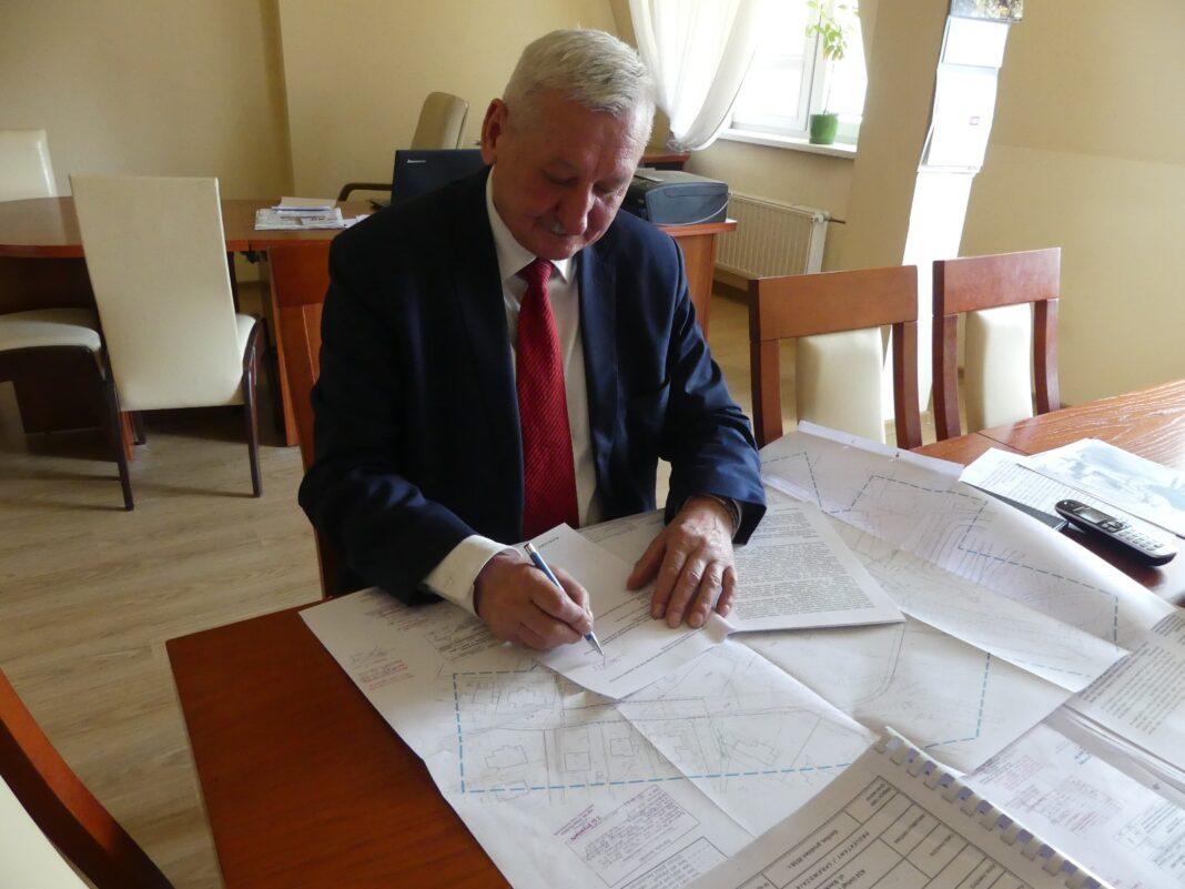 Decyzja o budowie mostu na rzece Wisłoce podpisana