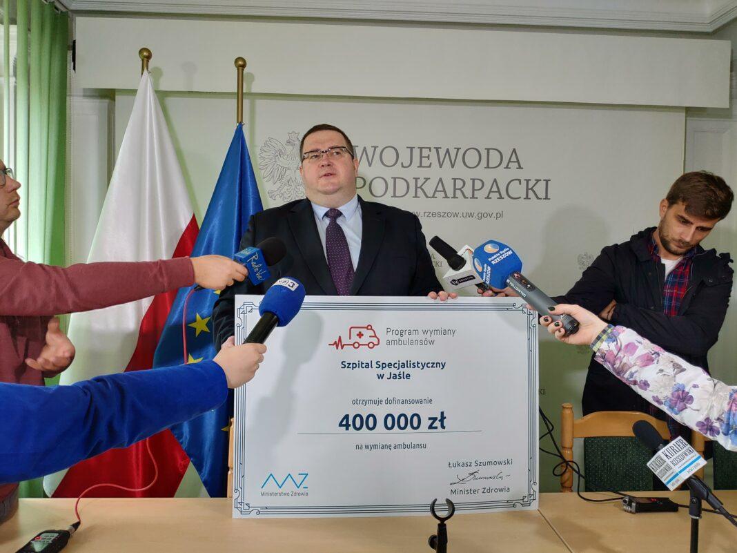 Michał Burbelka - dofinansowanie na zakup karetki