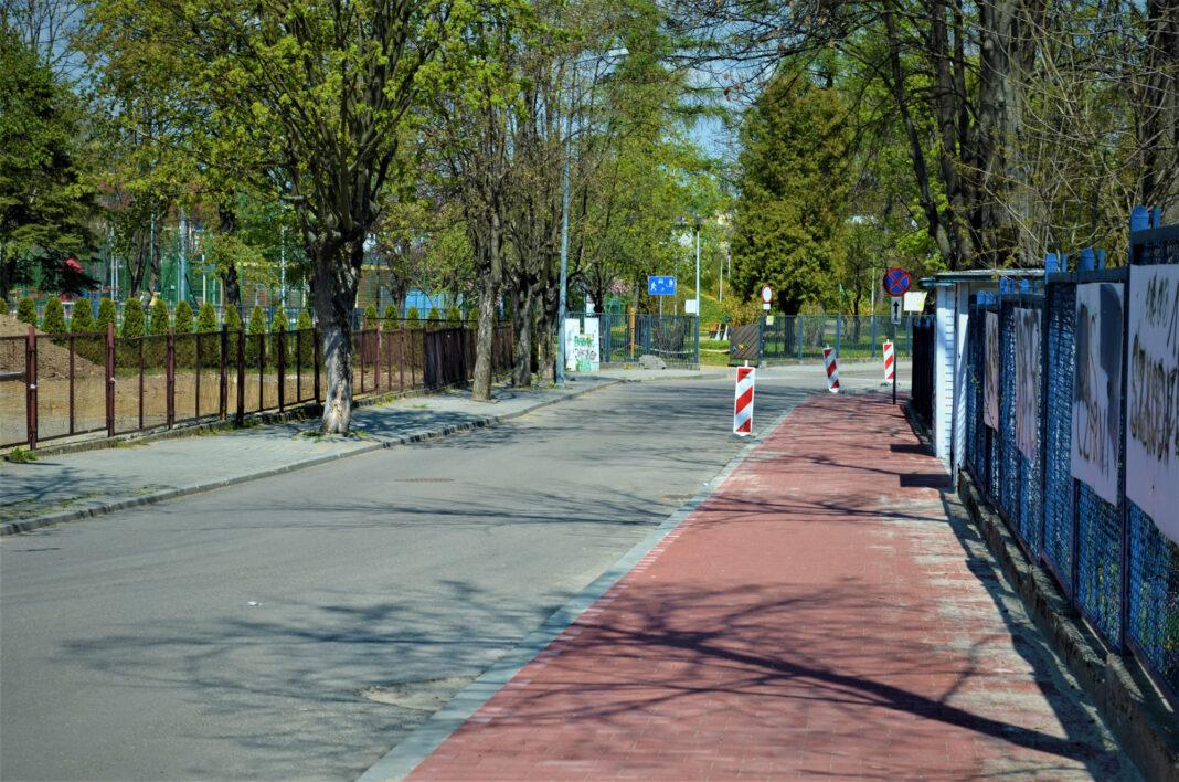 Ścieżka rowerowa koło Śniadeckich w Jaśle