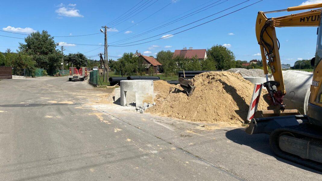 Przebudowa drogi w Warzycach