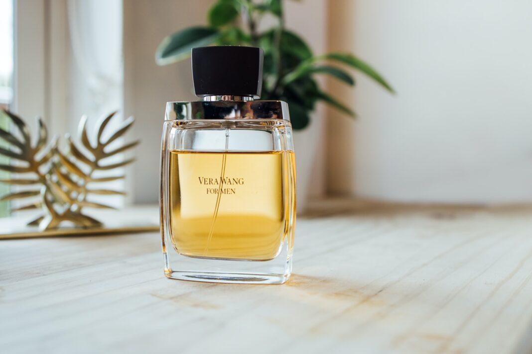 Flakonik perfum
