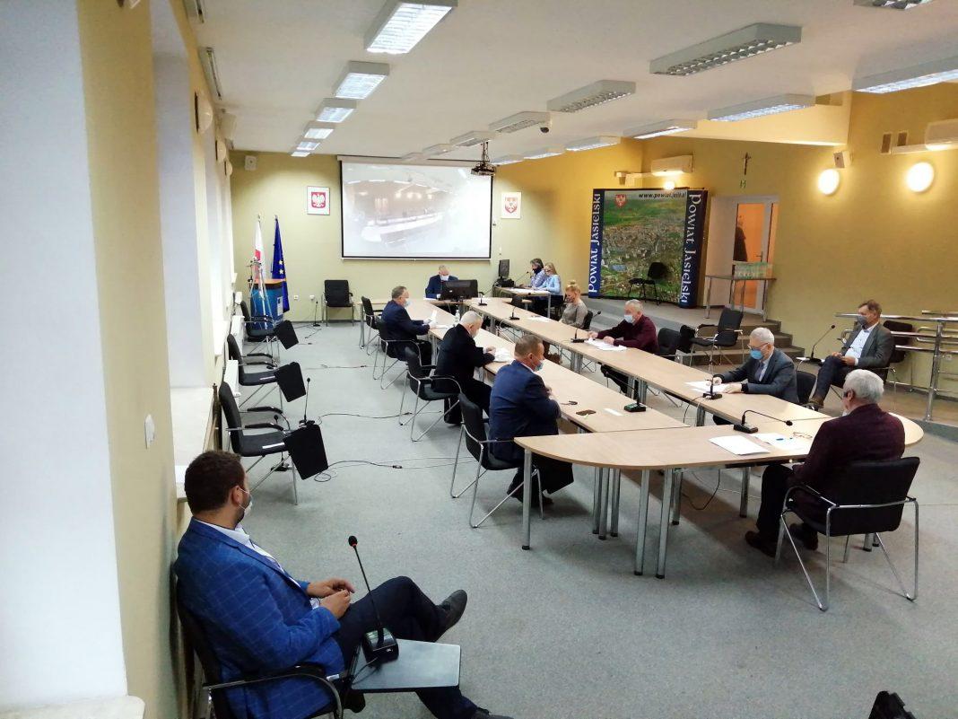 XXXIII Nadzwyczajna Sesja Rada Powiatu w Jaśle