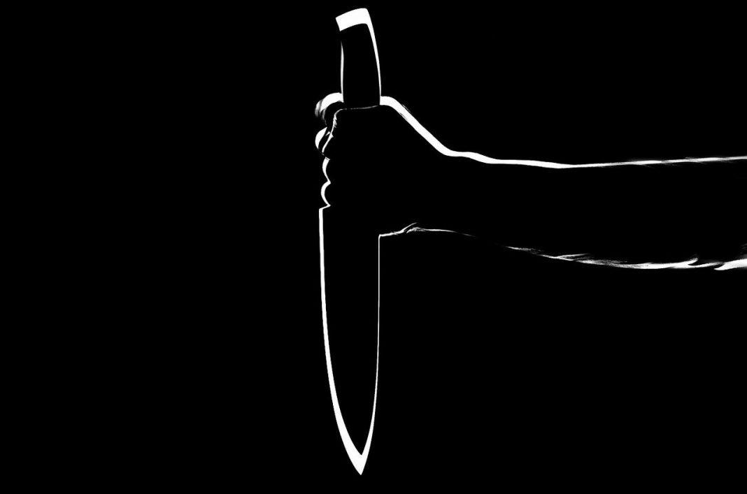 Atak nożem