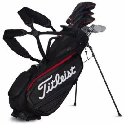 Pełny zestaw kijów golfowych marki TITLEIST