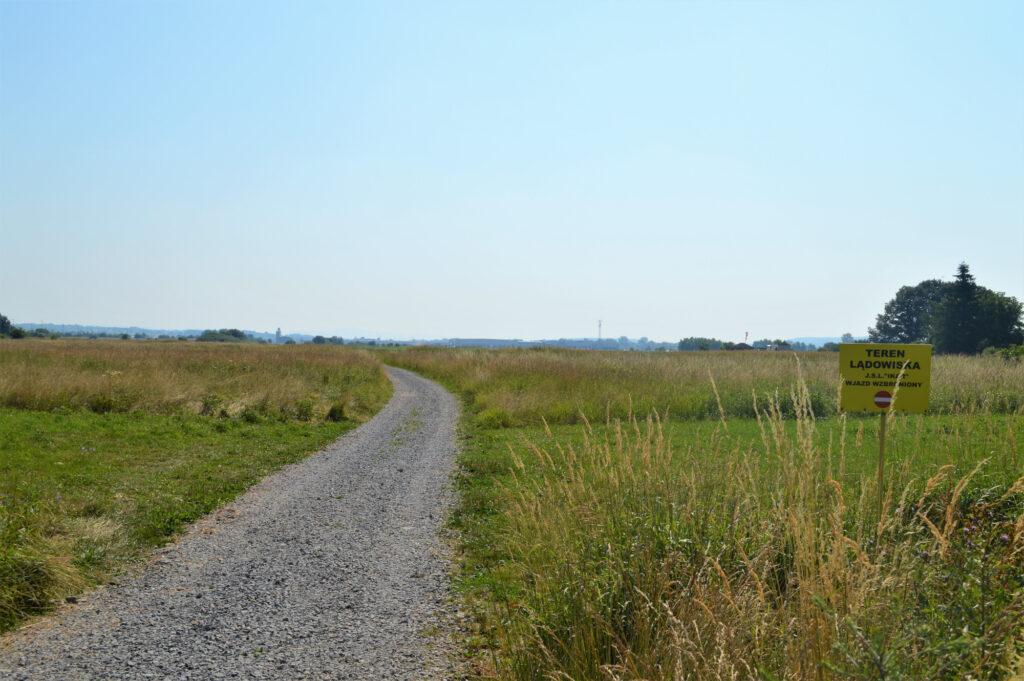 Droga do lądowiska Ikar w Jaśle