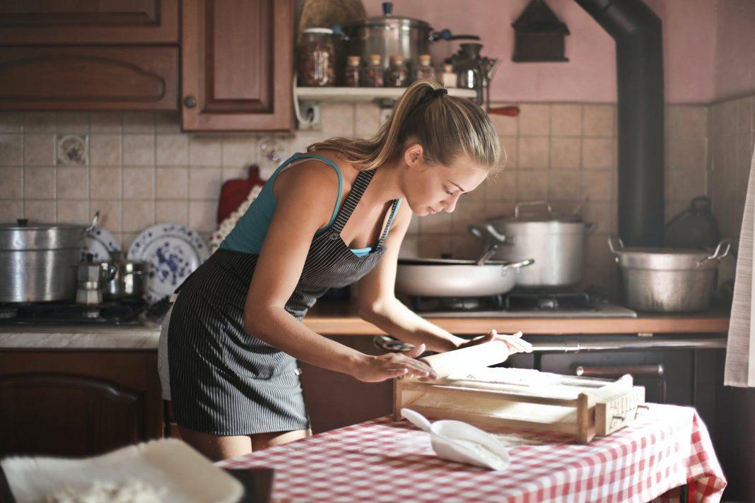 3 pyszne desery dla miłośników aksamitnych smaków - czy znasz ich tajne receptury?